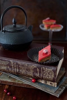 1000+ images about Books & Teapots on Pinterest | Tea and books, Tea ...