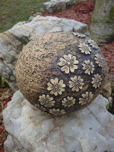 bildergebnis für keramik garten kugel | keramik | pinterest, Garten und Bauen