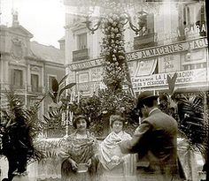 Fiesta de las flores MADRID (Liborio C. Porset (ARCHIVO RAGEL)) Tags: madrid fiesta antigua ritual fotografia archivo antiguo ancestral magia tradicion poeta rito antropologia etnografia ragel liborio porset