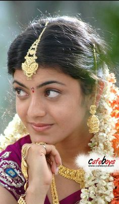 Beautiful Blonde Girl, Beautiful Girl Indian, Beautiful Girl Image, Beautiful Indian Actress, Beautiful Actresses, Beautiful Bride, Bridal Beauty, Bridal Makeup, Beauty Full Girl