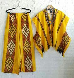 New dress casual patterns simple ideas Blouse Batik, Batik Dress, Batik Fashion, Ethnic Fashion, Sewing Clothes Women, Clothes For Women, African Print Dress Designs, Nice Dresses, Casual Dresses