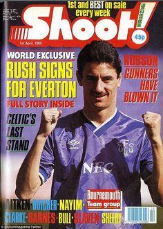 Retro Football: Liverpool Hero Ian Rush Signs For Everton In Classic Shoot Magazine April Fool's Ruse, 1989 (Photo) Ian Rush, Liverpool Legends, Liverpool Fans, Football Liverpool, Football Odds, Retro Football, Football Players, Best April Fools, Young Lad