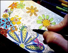 Drawing Doodles Ideas Draw Doodle and Decorate: Balancing Botanicals Tangle Doodle, Doodles Zentangles, Zen Doodle, Zentangle Patterns, Doodle Art, Doodle Drawings, Flower Drawings, Drawing Flowers, Doodle Designs