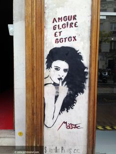 www.paristreetart.. . #paris #misstic #streetart