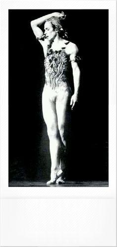 Ballet Boys, Ballet Dance, Rudolf Nureyev, Dance Pictures, Dancers, Stage, Poses, Costumes, Heart