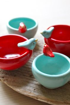 bird bowls, aqua, red