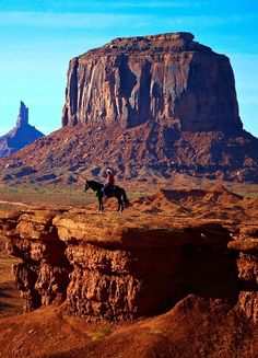 Monument Valley Navajo Tribal Park #Photography #Beautiful #Places