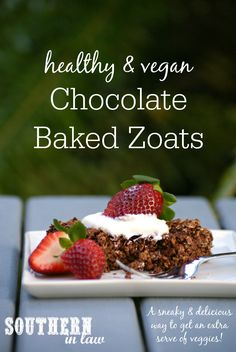 This Vegan Chocolate Baked Zoats Recipe combines oatmeal with zucchini to create an easy and healthy breakfast that is gluten free, low fat, egg free, dairy fre Healthy Oatmeal Recipes, Baked Breakfast Recipes, Gluten Free Recipes For Breakfast, Healthy Desserts, Healthy Food, Healthy Breakfasts, Eating Healthy, Vegan Recipes, Healthy Chocolate