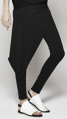 "DRIFTER WB159HA Hathor Ultra-stretch knit legging with a curve-creating asymmetrical origami panel. SIZE + DETAILS - Model waist size is 24"", height is 5'9"", and is wearing size x-small legging - Inse"