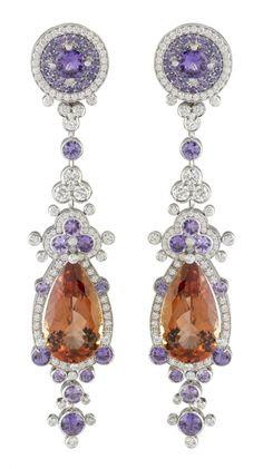 Van Cleef & Arpels Exquisite earrings!