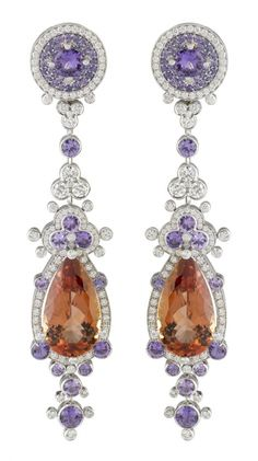 Van Cleef & Arpels Exquisite earrings!