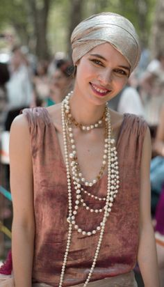 Jazz Age Lawn Party on Governors Island (NYC) Look Vintage, Vintage Style Dresses, Vintage Outfits, Glamour Party, 20s Fashion, Vintage Fashion, Jazz Age Lawn Party, 1920s Looks, Great Gatsby Party