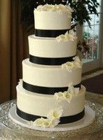 Elegant Wedding Cakes: Love this, just a little less calla lillies