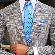How to mix patterns like a gent: lookastic.com/17234 #dapper #mensstyle