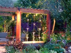 Garden Art from DIY projects to Art to Buy. – Page 4 of 4 Rain Chain waterfall Yard Art, Design Jardin, Garden Fountains, Garden Ponds, Outdoor Fountains, Koi Ponds, Rain Garden, Water Features In The Garden, Outdoor Water Features