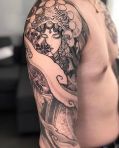 Tattoo Toronto, Best Tattoo Shops, Chinese Opera, Piercing Studio, Asian Tattoos, Opera Singers, Traditional Tattoo, Tattoo Artists, Cool Tattoos