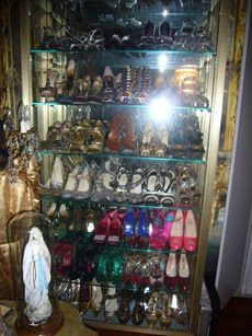 How I want to display my shoe collection!