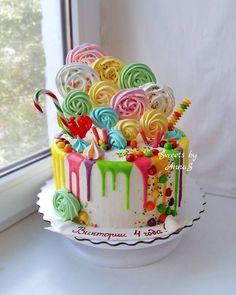Ярких красок вам в ленту дорогие мои сладкоежки Настроение у меня сегодня похоже на этот тортик мы с дочуркой погуляли, поиграли вдоволь... домой ее затащить было без вариантов жаль, что лето так быстро закончилось _____________________________ Для подробной информации звоните или пишите в WhatsApp +79286374237 Анна. #тортстав #тортставрополь #домашниетортыставрополь #домашняявыпечкаставрополь #тортыстав #тортыставрополь #тортназаказставрополь #тортназаказмихайловск #тортмихайлов... Quick Cake, Make Up Cake, Mini Cakes, Cupcake Cakes, Cupcakes, Bolo Floral, Candy Cakes, Dog Cakes, Colorful Cakes