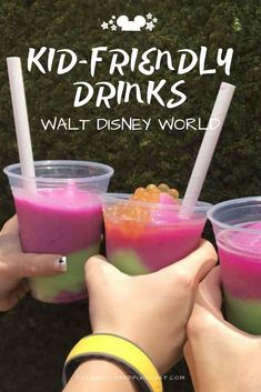 Walt Disney World has a slew of kid-friendly drinks to beat the heat this summer! If you're looking for a special non-alcoholic drink to keep the grumpys at bay, here's our drink list for kids at Disney. Disney Alcoholic Drinks, Kid Drinks, Frozen Drinks, Summer Drinks, Summertime Drinks, Winter Drinks, Disney Food, Walt Disney, Disney Recipes