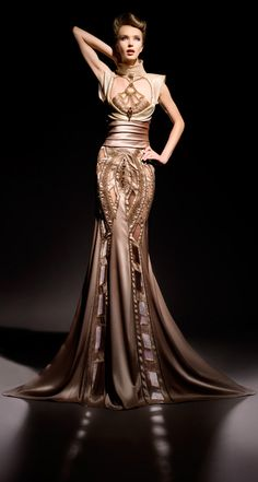 Blanka Matragi Haute Couture 2012 tan nude glamour gown http://myfashion-diary.livejournal.com/954150.html#