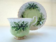 Royal Albert Concerto Teacup and Saucer Set by Passion4Europe