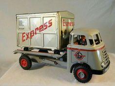 Metal Toys, Tin Toys, Antique Toys, Vintage Toys, Mitsubishi Rosa, Train Car, Toy Trucks, Classic Toys, Doll Toys