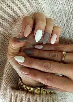 Attractive Nail Designs Ideas That Are So Perfect For Fall 2019 - Nail Art is a must have for most woman because woman take every extra steps to ensure that they look good. Beautiful nails play a part in their appear. Simple Acrylic Nails, Best Acrylic Nails, Acrylic Nails Designs Short, Acrylic Nails Almond Shape, Colorful Nails, January Nail Colors, Nails For January, Nagellack Design, Fire Nails