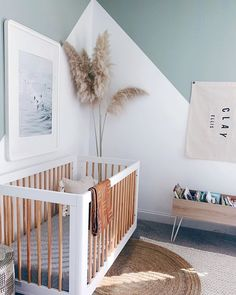 2020 will be the year that nature-inspired decor will evolve from rustic to totally chic design. Get ready, mamas, because natural wood and natural tones have gone upscale. Baby Nursery Decor, Baby Decor, Project Nursery, Small Baby Nursery, Beach Theme Nursery, Nature Themed Nursery, Chic Nursery, Small Nursery Rooms, Small Baby Rooms
