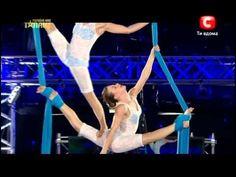 Ez a két lány csodálatos dolgokat csinál a testével és egy kötéllel - lenyűgöző videó | Mindenegyben Blog