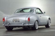 Karmann Ghia - You little beauty!! I love Cool cars http://hectorbustillos.weebly.com/