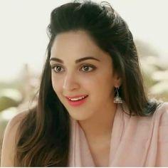 Dia Mirza is now UN environmental goodwill ambassador Beautiful Bollywood Actress, Most Beautiful Indian Actress, Beautiful Hijab, Beautiful Gorgeous, Beautiful Models, Indian Celebrities, Bollywood Celebrities, Kiara Advani Hot, Bollywood Girls