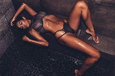 Инстаграм порнозвезд  Актрисы взрослого кино тоже ведут инстаграм и выкладывают фото свое порно жизни. Красивые девчонки, мордашки и горячие тела которых тебе наверняка знакомы по порно фильмам. #красотуля #селфимелфи #женщинамечты  https://mensby.com/photo/instagram/7538-instagram-pornstars-01