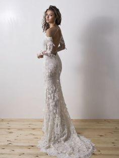 52 amazing boho wedding dresses with sleeves wedding dresses 2019 31 Diamond Wedding Dress, Wedding Dress Sleeves, Boho Wedding Dress, Dream Wedding Dresses, Bridal Dresses, Wedding Gowns, Lace Wedding, The Dress, Dress Lace