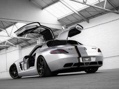 Nersedes-Benz SLS AMG