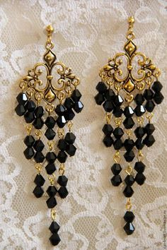 Could really go to town with Swarovski zillions Jewelry Design Earrings, Ear Jewelry, Bead Earrings, Chandelier Earrings, Designer Earrings, Jewelry Crafts, Black Chandelier, Jewellery Designs, Fancy Jewellery