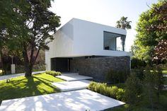 Gallery of Carrara House / Andres Remy Arquitectos - 16