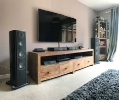 Living Room Speakers, Living Room Setup, Living Room Remodel, Apartment Porch Decor, Home Theater Surround Sound, Small Home Theaters, Sound Room, Rack Tv, Audio Room