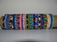 Rainbow Loom rubber band stretch bracelet lot of 30 fishtail pattern made to order you choose colors Rainbow Loom Fishtail, Rainbow Loom Bands, Rainbow Loom Bracelets, Rainbow Colors In Order, Rubber Band Bracelet, Diy Bracelet, Beaded Bracelets, Rainbow Loom Patterns, Duck Tape Crafts
