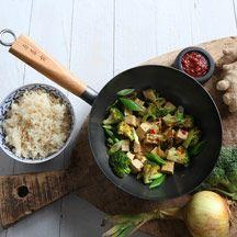 Wok med broccoli och tofu