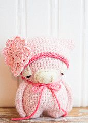 new product 400dd f55ec Peggie in Pink Maiali, Applique, Amigurumi