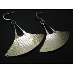 Silver Hammered Blade Unique Earrings Modern Fan Riveted Earrings... ($29) ❤ liked on Polyvore featuring jewelry, earrings, sterling silver earrings, silver jewellery, hammered earrings, hammered silver jewelry and earring jewelry