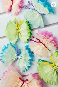 ▷ 1001 + ideas de manualidades con papel - tutoriales paso a paso Crafts For Teens, Crafts To Sell, Diy And Crafts, Adult Crafts, Snacks For Work, Healthy Work Snacks, Wedding Tissues, Fancy Nancy, Bath And Beyond Coupon