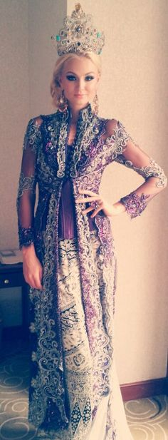 Miss Earth 2012 Tereza Fajksova of the Czech Republic in beautiful sarong and kebaya during a visit to Indonesia
