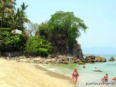 El Púlpito on the south end of Playa Los Muertos. - read more at: http://www.puertovallarta.net/what_to_do/el-pulpito-las-pilitas-puerto-vallarta.php #vallarta #puertovallarta #mexico #beaches #jalisco