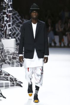 Henrik Vibskov Menswear Spring Summer 2016 Paris - NOWFASHION