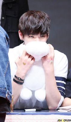 Why Heojun  Why you gotta be so cute Why
