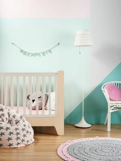 Color-blocking wall in the nursery - love the bright and modern look! #balboababy #suddenlyspring