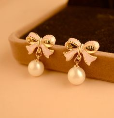 Pair of Exquisite Bowknot Embellished Faux Pearl Pendant Earrings For Women (AS THE PICTURE) | Sammydress.com