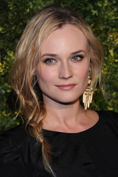 Short side braid on Diane Kruger