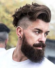 Awesome 49 Amazing Undercut Hairstyle Mens Ideas. More at http://simple2wear.com/2018/04/27/49-amazing-undercut-hairstyle-mens-ideas/
